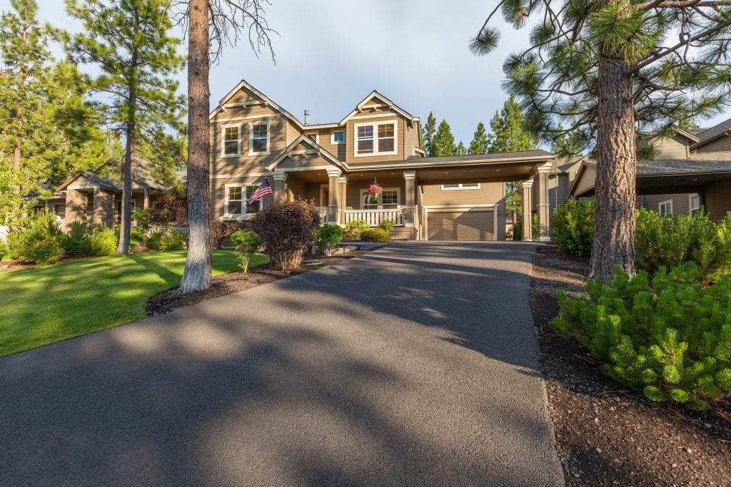 How to Market Driveway Sealcoating to Customers